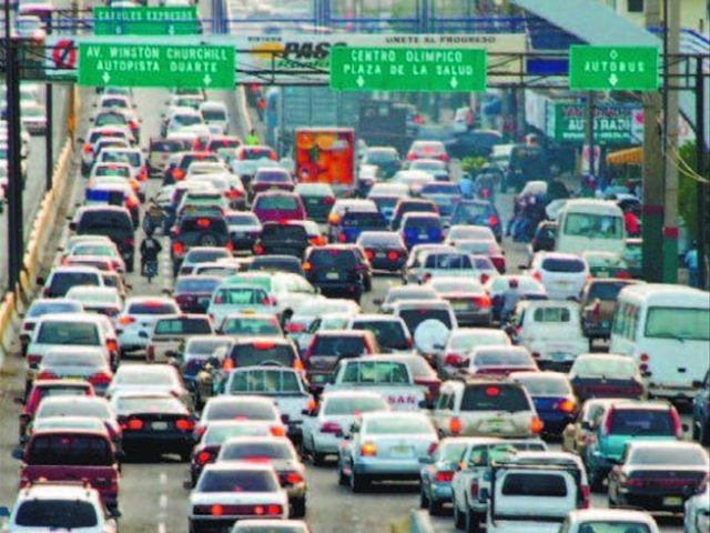 Santo Domingo.- The executive director of A-GAS, Guillermo L. Cochón, stated Wednesday that Liquid Petroleum Gas (LPG) use by motor vehicles in the country ...