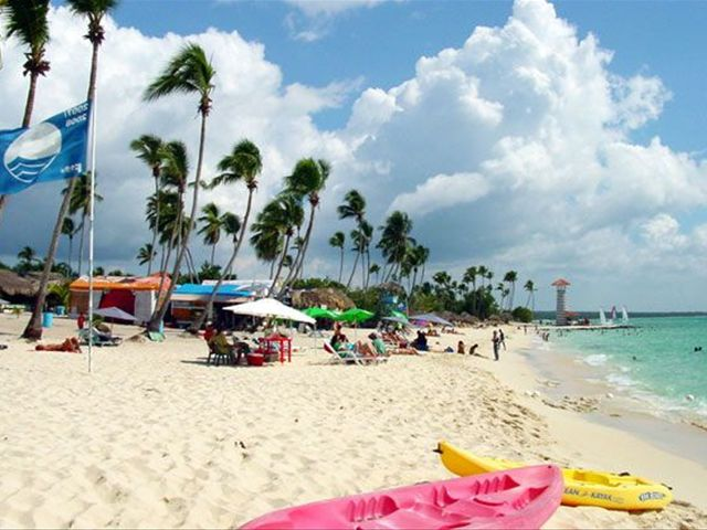La Romana Bayahibe Beaches Hoist The