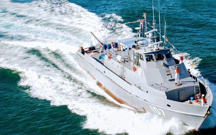 Dominican Navy nabs over two tons of lobster off Samana coast